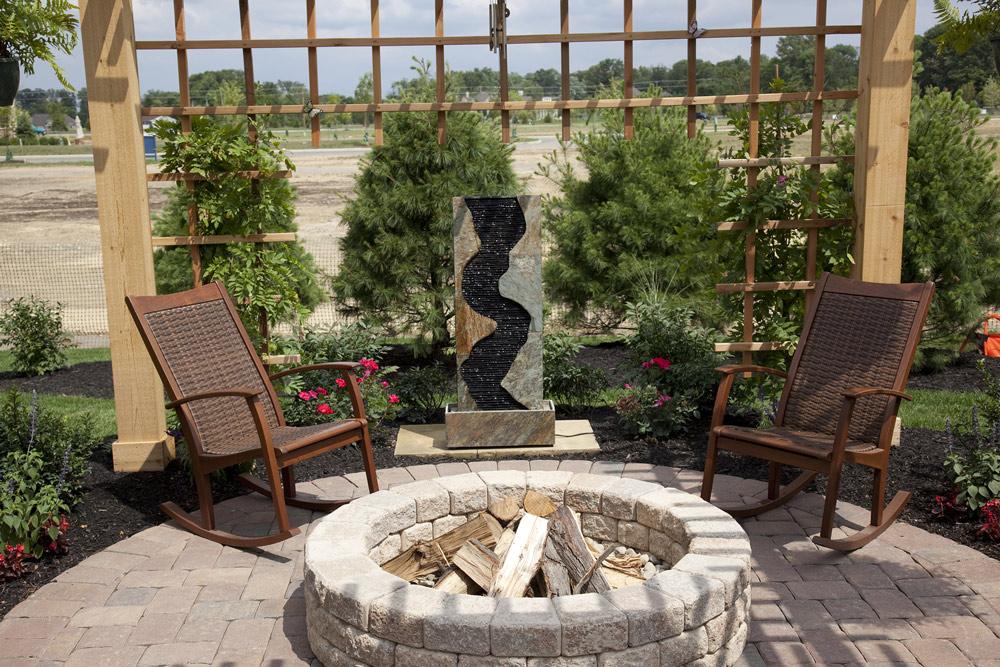 Deck Design: Fire Pit